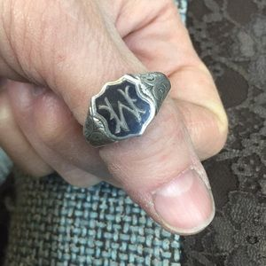 Heavy Sterling 'M' or 'W' ring